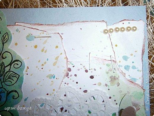 Сегодня я к Вам вот с такими открыточками. В работе использовала картинки, которые раскрасила акварелью и  отрисовала гелевой ручкой. В качестве фона использовала простую бумагу с набрызгом из тех же цветов, что использованы при раскрашивании картинки.Работать с акварелью очень понравилось. У меня есть работы с этим материалом (см. тут http://stranamasterov.ru/node/1041574  и здесь   http://stranamasterov.ru/node/1048915 ) фото 13
