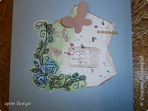 Сегодня я к Вам вот с такими открыточками. В работе использовала картинки, которые раскрасила акварелью и  отрисовала гелевой ручкой. В качестве фона использовала простую бумагу с набрызгом из тех же цветов, что использованы при раскрашивании картинки.Работать с акварелью очень понравилось. У меня есть работы с этим материалом (см. тут http://stranamasterov.ru/node/1041574  и здесь   http://stranamasterov.ru/node/1048915 ) фото 16