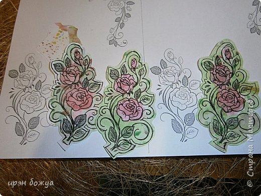 Сегодня я к Вам вот с такими открыточками. В работе использовала картинки, которые раскрасила акварелью и  отрисовала гелевой ручкой. В качестве фона использовала простую бумагу с набрызгом из тех же цветов, что использованы при раскрашивании картинки.Работать с акварелью очень понравилось. У меня есть работы с этим материалом (см. тут http://stranamasterov.ru/node/1041574  и здесь   http://stranamasterov.ru/node/1048915 ) фото 9