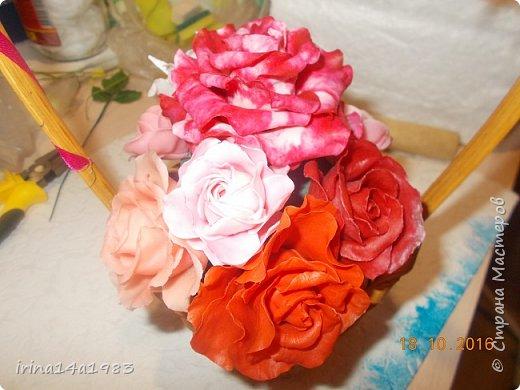 Добрый вечер, Страна! Я все не прекращаю найти свой  метод лепки розы. Приглашаю всех посмотреть на мои попытки. фото 10