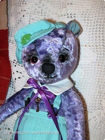 Привет, Страна!!! Представляю вам , мои дорогие соседи, новиночку - медвежонка Сёму. Мальчишка добрый и любознательный, рост 35 см., сшит из винтажного плюшика пятидесятых годов. Набивка - синтепух , глазки стеклянные. фото 2