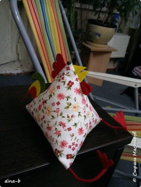 Начала шить петушков к Новому году, на сувенирчики! фото 3