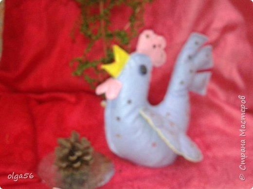Ку- ка- ре- ку  кво кво кво  Новый год не далеко Всех красавцы петушки Удалые молодцы Все слетаются сюда http://stranamasterov.ru/node/1053557?c Вот и я спешу туда фото 2