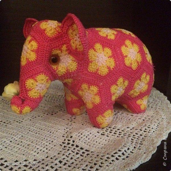 Всем жителя СМ доброго дня. Я сегодня к вам со своими проделками. Навязались игрушки с африканского цветка. Ох и затягивает)) Это мишка Снежка фото 5