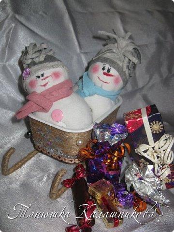 Под впечатлением от работ своих соседей из Страны я решила подготовить чудо-сани для помощи Деду Морозу в перевозке подарков для ребят  в свой терем-теремок)))мк саней подсмотрела здесь http://stranamasterov.ru/node/676242 большое спасибо очень пригодилось) фото 1