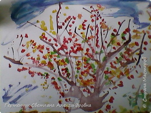 """""""Осенние деревья"""" Стволы  деревьев и веточки  кустов  нарисованы с помощью выдувания  краски коктейльной  трубочкой.Работы учащихся 4""""В"""" класса фото 2"""