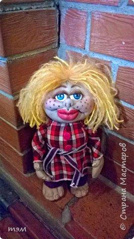 Продолжаю играть в куклы... Весьма интересное занятие. И полезное. Этот домовёнок скоро обзаведётся новым домом и хозяйкой, которая пишет очень светлые стихи. фото 4
