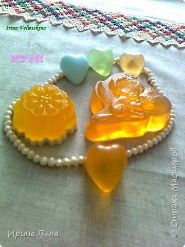 В составе мыла мёд натуральный и  масло облепихи!Аромат карамели!!!Мммм прелесть!  фото 1