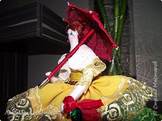 куколка тильда с зонтиком. фото 5
