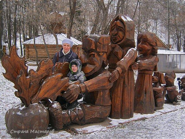 Доброго всем времени суток! Хочу рассказать  вам про интересную экскурсию,совершённую мною и моей подружкой в Кунгурскую ледяную пещеру. Кунгурская пещера – одна из самых известных достопримечательностей Урала,она из крупнейших карстовых пещер России, является уникальным природным памятником. Кунгурская ледяная пещера является седьмой по протяженности в мире гипсовой пещерой. По определению исследователей, возраст пещеры составляет 10-12 тысяч лет.  фото 16