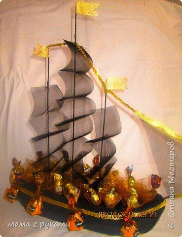 вот такой почти пиратский корабль ушел в плавание в подарок однокласснику фото 1