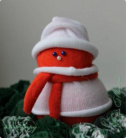Снеговики из носков фото 4