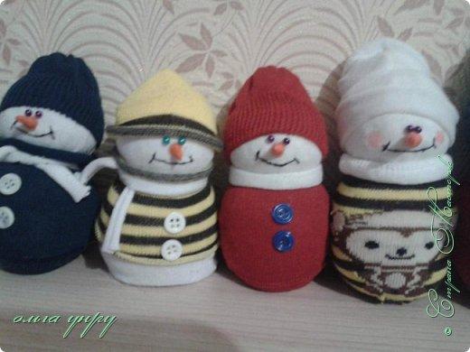 Снеговики из носков фото 7