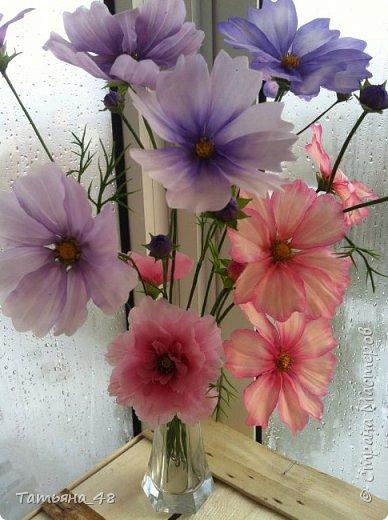 Добрый день, дорогие мастерицы! Выкладываю на ваше обсуждение мои вымученные цветы! Лепила их и занималась самоедством!  Всем была недовольна! И формой и цветом и тд... Но в итого.... понравилось. Фото много..... фото 13