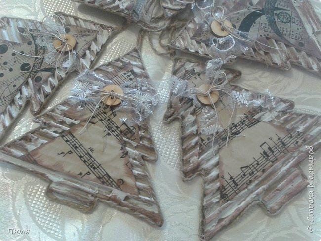 """Доброго времени суток уважаемые жители СМ! """"  Это мини-подарочки """"елочки"""" для 7 этапа совместника  """"Винтаж"""", которые я делала по МК  Sablezubka:   http://stranamasterov.ru/node/686006?c=favorite за что ей большое спасибо, все было понятно и доступно!!!! Вот такие красавицы получились!!!! фото 1"""