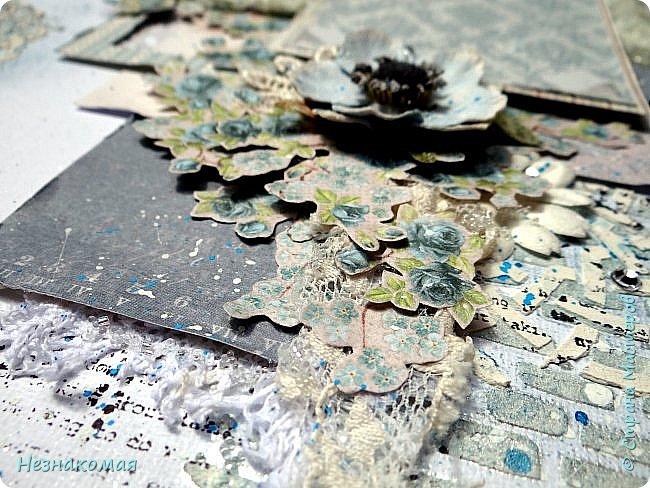 """Всем доброго времени! Сегодня хочу показать холст и открыточку из великолепной бумаги Pion design. Еще в начале лета воплотила все свои """"хочу"""" по скрапбумаге и почти пол года вытаскиваю, полюбуюсь и обратно убираю. Жалко красоту резать. В какой-то момент решила, что хватит беречь этот бумажный склад и пора начинать резать, а потом любоваться в работах. Первую порезала не Pion, но показываю именно эту бумагу, так как из-за отсутствия солнышка, только эти две работы и успела сфотографировать. фото 4"""