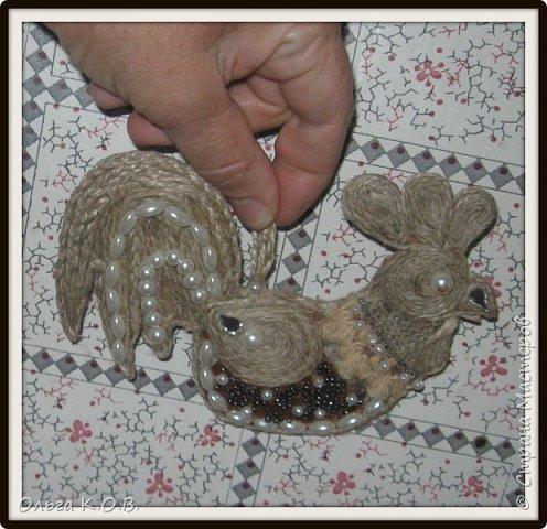 Примитивные плоские елочные игрушки из шпагата фото 4