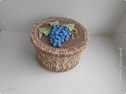 Ваза из картонной трубы. Материалы: шпаклёвка с гипсом,солёное тесто,клей,краски,лак акриловый. фото 8