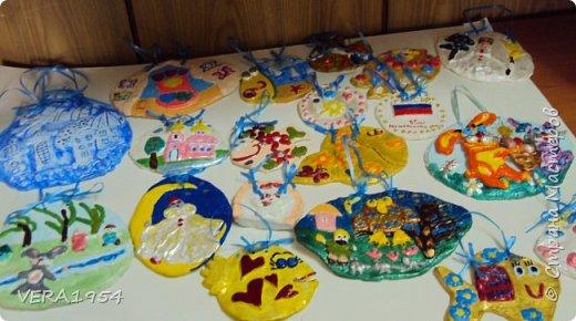 Добрый день, Страна!    Посмотрите, пожалуйста, наши панно, сделанные детьми 6-9 лет, в подарок к разным праздникам.Некоторые идеи брали у Страны мастеров. фото 1