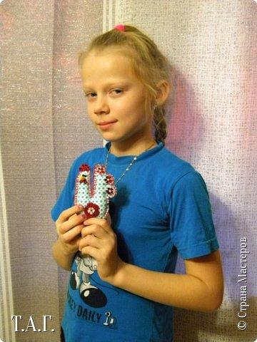Приезжала в гости племянница Марина. Увидела мои новые поделки и изъявила желание сшить свою елочную игрушку. фото 1