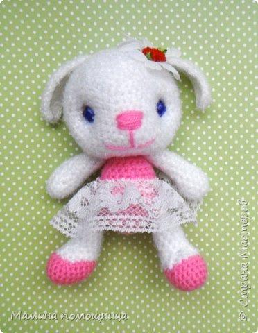 Всем привет! Навязала несколько игрушек на продажу. Оказались дочке моей они очень нужны)). Покажу что связала с ссылками на МК. Лис-художник http://kumutushka.blogspot.ru/2014/10/blog-post.html фото 6