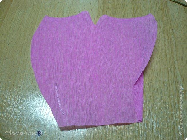 Доброго времени суток Всем! Предлагаю маленький МК по созданию розочки из гофробумаги. Как это делаю я. фото 6