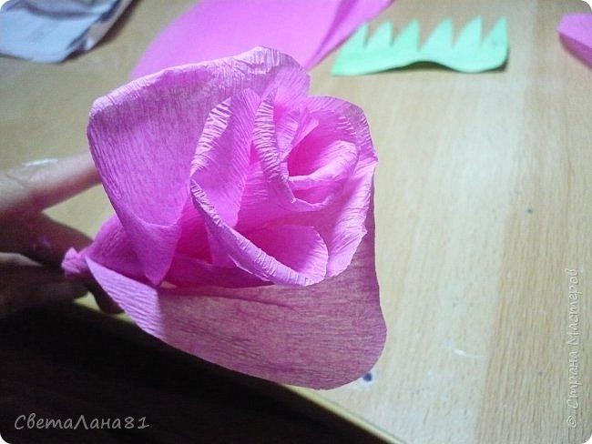 Доброго времени суток Всем! Предлагаю маленький МК по созданию розочки из гофробумаги. Как это делаю я. фото 11