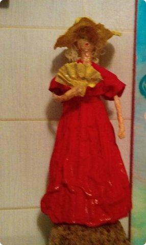 Мои первые куклы. Сделаны из газетных трубочек и туалетной бумаги. фото 2