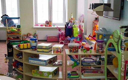 Готовила на выставку, а заодно, и ко дню рождения нашего детского сада. Роспись по тарелке. фото 13