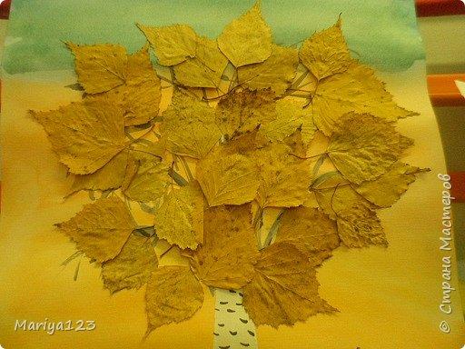 Вот такую осеннюю березку смастерили с ребятами на осеннюю выставку. фото 2