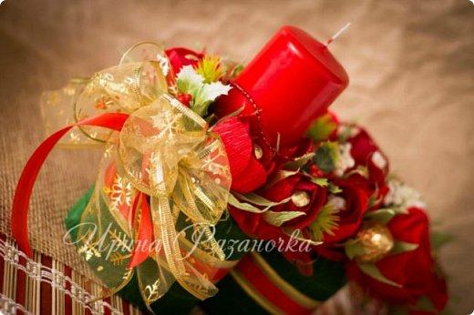 Всем здравствуйте! Вот так вот - впервые пришлось делать что то новогоднее аж в сентябре)))  Рождественская композиция со свечой в классической гамме  фото 13