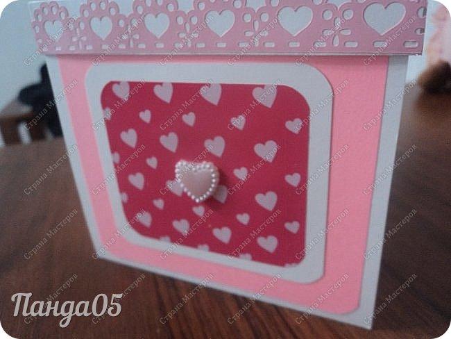 Здравствуйте всем!  Очередной заказ на Magic Box у меня образовался,ко дню рождения девушке 25 лет. Из пожеланий заказчицы был розовый цвет,календарик и туфелька. Итак,очередное дефиле)) фото 2