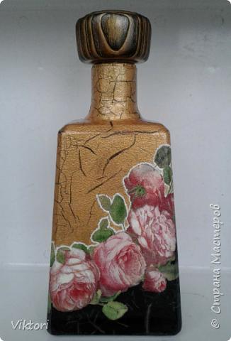 Добрый день всем! Вот сотворила на заказ бутылку. Пробка была интересная - деревянная и лакированная. Я на ней сотворила браш.))) фото 4