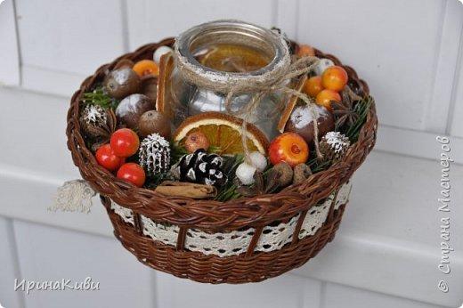 Сезон подготовки к Новогодним праздник мной официально открыт!   Первый веночек в натурально-оранжево-снежной гамме из природных материалов. фото 6