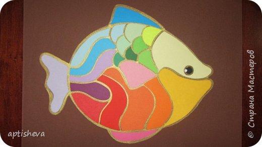 """На занятиях проводила день Чёрного моря, делали с детьми аппликацию """"Рыбка"""". фото 9"""