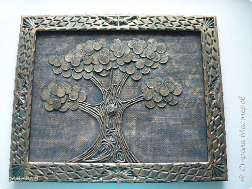 дерево из монеток 10,5,1 копейка.  рамка старая резная. делала разных три штуки. сфотографировать успела лишь это. фото 3