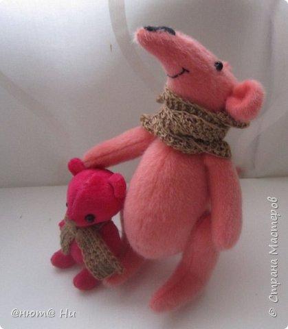 Давно хотела сшить мышку или крыску. И вот родилась Крысинда, позитивная такая тётенька, добрая и хозяйственная. фото 3