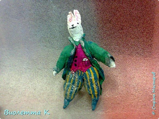 """Вот такой кролик у меня получился. Изначально - герой книги """"Алиса в стране чудес"""". фото 1"""
