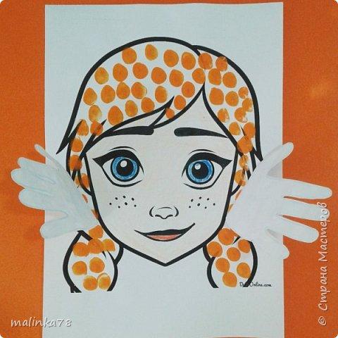 Руки  сделаны из отпечатков ладошке. Волосы отпечатывали пальчиками. фото 3