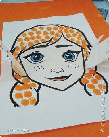Руки  сделаны из отпечатков ладошке. Волосы отпечатывали пальчиками. фото 1