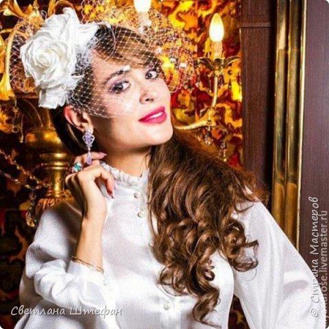 шляпка вуалетка для украшения прически невесты нежно персикового цвета фото 4