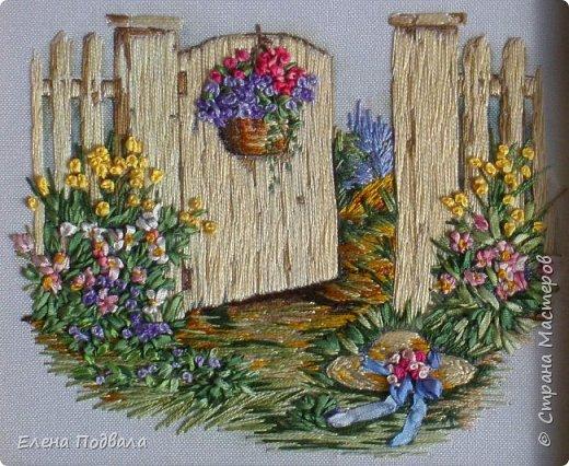 """Дорогие Мастера! Представляю на Ваш суд мои новые 2 вышивки. Первая на принте -  сельский пейзаж в маках :-) Ну, назвала """"Маковое цветение"""". Размер 215*180 мм. Картинка под стеклом. фото 6"""