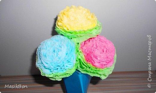 Как сделать очень красивые цветы из бумажных салфеток своими руками.