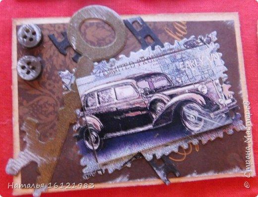 Эту серию сделала из того, что было дома: лист скрапбумаги, распечатки картинок, вырубка, пуговки, шпагат.... Выбирают участники совместника: http://stranamasterov.ru/node/1055187 фото 8