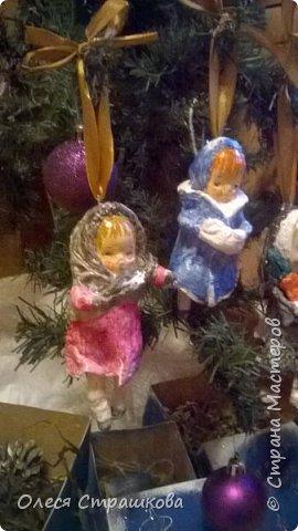 Здравствуй страна!  Хочу показать свои новогодние игрушечки  из ватного папье  маше на каркасе. Посвященные Новогодним утренникам. Пусть елочка радует глаз. У каждой игрушки своя душа и история. Каждую очень приятно держать в руках.  детки мои в восторге! фото 11