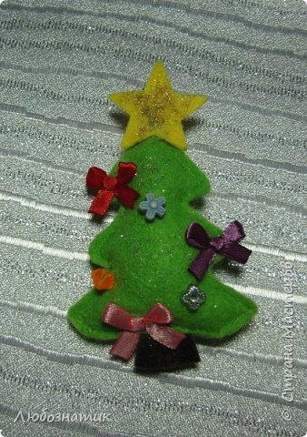 Здравствуйте! Представляю вашему вниманию новогодние игрушки и игрушки-магнитики из фетра. Сшиты по заказу дочери для школьной ярмарки (проводится дважды в год).   фото 10