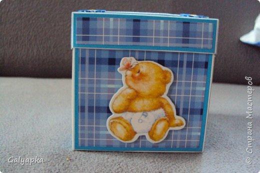 Моя вторая в жизни коробочка сделана по МК Alena090382 http://stranamasterov.ru/user/78960 Все надписи из Интернета. Картинки по бокам у этой коробочки сделаны штампами купленными мной на сайте Совместные покупки. фото 13