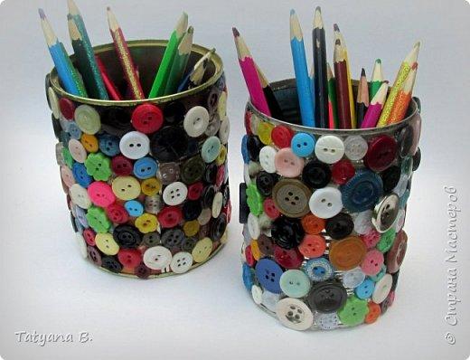 Карандашница для рукодельницы и школьников, декорированная пуговицами