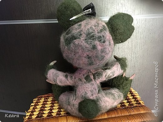 К Хэллоуину готовы! Мишка сделан из шерсти на проволлочном каркасе. Глазки и носик пластиковые, коготки из холодного фарфора. фото 3
