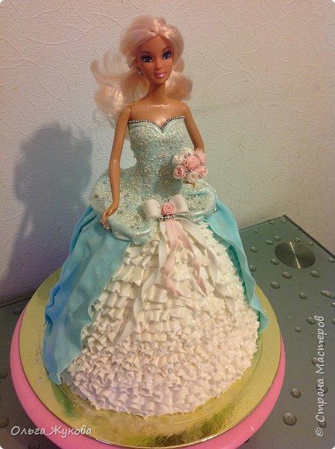 Всем доброго времени суток! Хочу показать мой новый тортик)) Принцесса. Внутри ванильный бисквит, молочная пропитка, творожный крем с кусочками ананаса.  фото 1